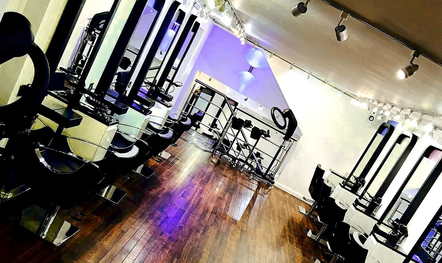 salon with lighting